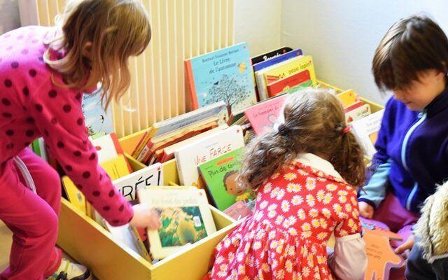 Bibliothèque, enfants, livre